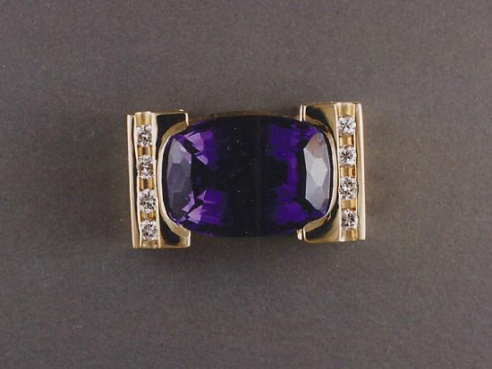 18K Gold, Diamond and Tanzanite Ring