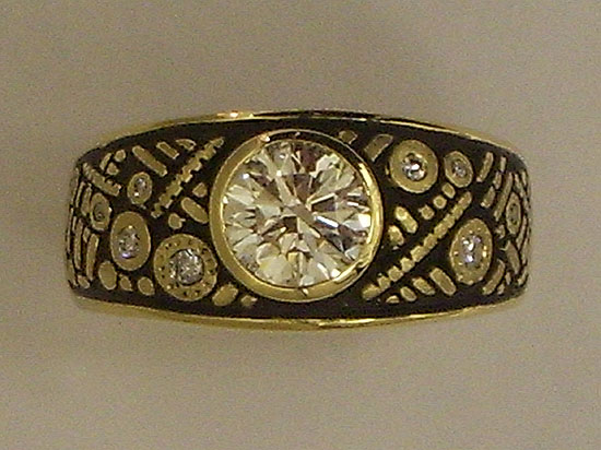 18K Enamel & Diamond Ring