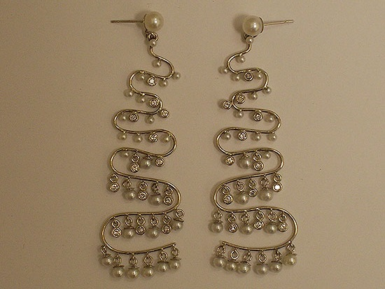 White Gold & Diamond Pearl Dangle Earrings